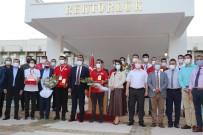 1.5 Adana Roket Takimi Davul Zurnayla Karsilandi